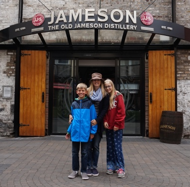 Pic 2016-0610 01 Dublin Jameson Area (1) edit