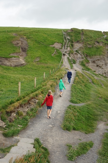 Pic 2016-0615 09 Cliff of Moher (67)
