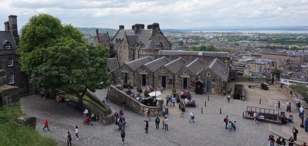 Pic 2016-0623 06 Edinburgh Castle (61) edit
