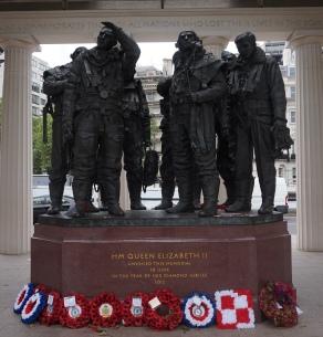 Pic 2016-0630 22 London Memorial Gates (3)