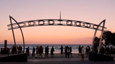 Pic 2017-0802 06 Surfers Paradise (5) edit