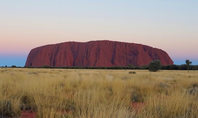 Pic 2017-0911 05 Uluru 630 PM