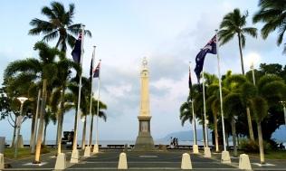 Pic 2017-1005 08 Cairns Esplanade (2) Edit