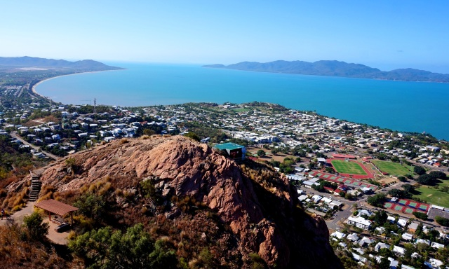 Pic 2017-1009 02 Townsville Castle Hill (2) Edit