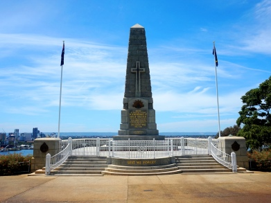 Pic 2017-1108 08 Perth War Memorial (1) Edit