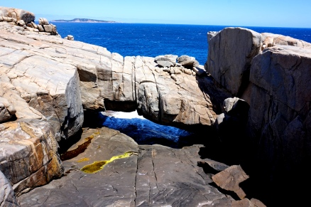 Pic 2017-1115 04 Torndirrup NP Natural Bridge and Gap (8) Edit