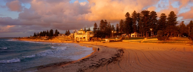 Pic 2017-1117 05 Cottesloe Beach (66) Edit