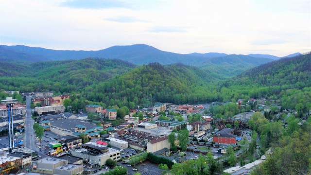 Pic 2019-0417 11 Gatlinburg Skylift (37) edit