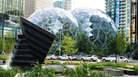 Pic 2019-0711 04 Seattle Amazon Spheres (4) e2