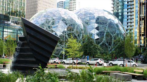 Pic 2019-0711 04 Seattle Amazon Spheres (4) e2