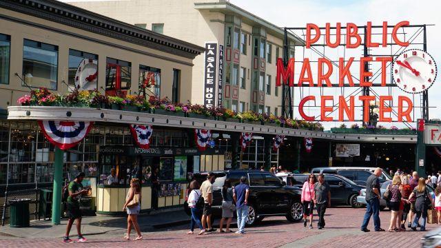 Pic 2019-0713 02 Seattle Public Market Area (6) e2
