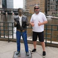 Pic 2020-0716 02 Milwaukee Bronze Fonz (4) er